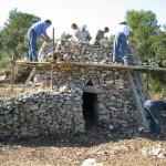 Restauration d'une capitelle à Sanilhac ; photo DR